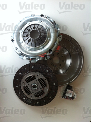 kit embrayage volant moteur valeo 835054 x1 yakarouler. Black Bedroom Furniture Sets. Home Design Ideas